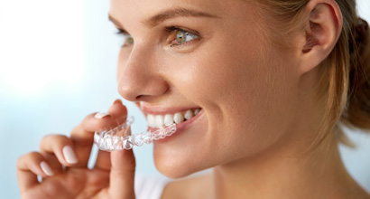 Invisalign Teeth Straightening £3500 *